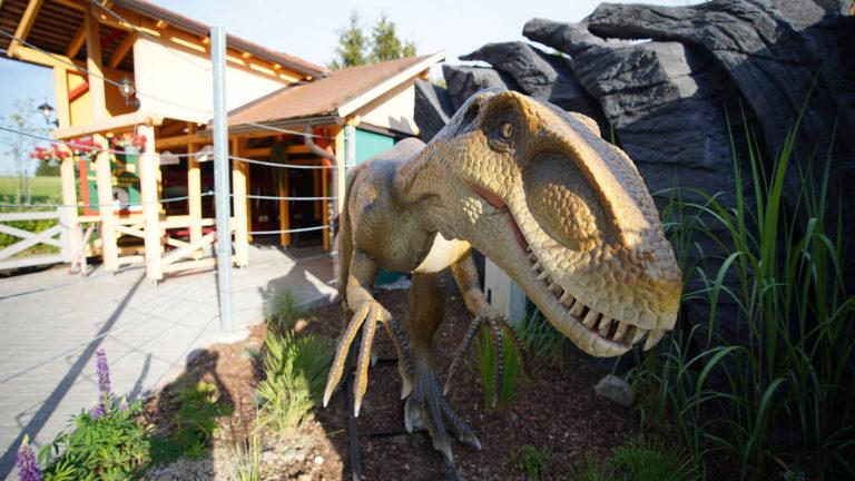 Flyrosaurus_Dino-768x432